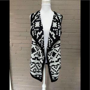Karen Kane  SW Design Open Front Sweater Vest